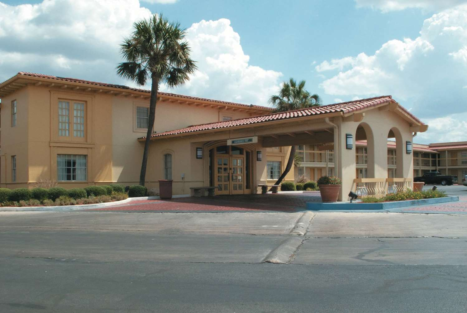 La Quinta Inn South Park Mall San Antonio