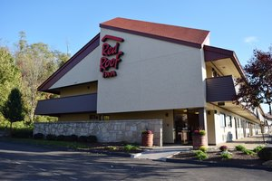 Red Roof Inn St Clairsville