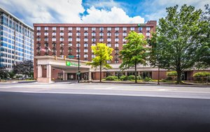 Hotels In Fairfax Va That Allow Pets