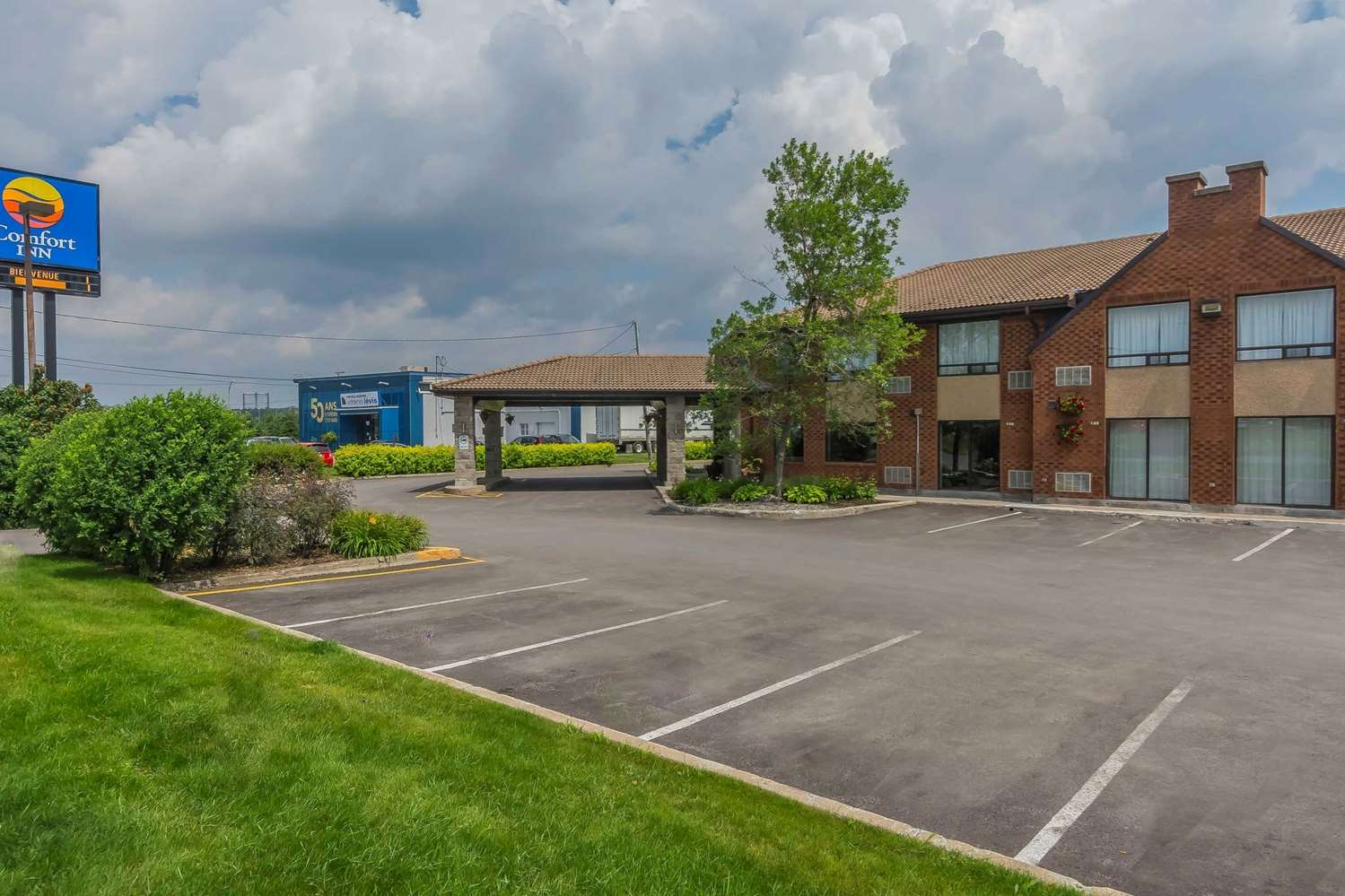 Cheap Hotels In Levis Quebec