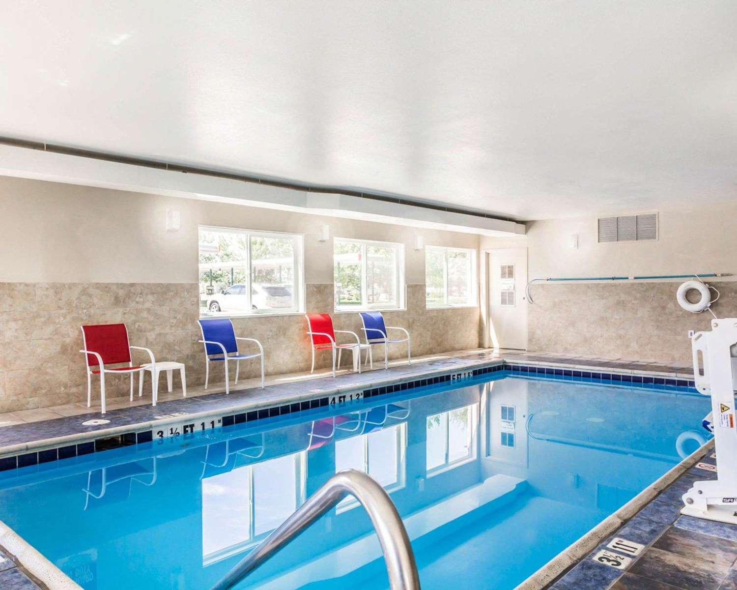 Brighton co hotels motels see all discounts for Hotels with swimming pools in brighton