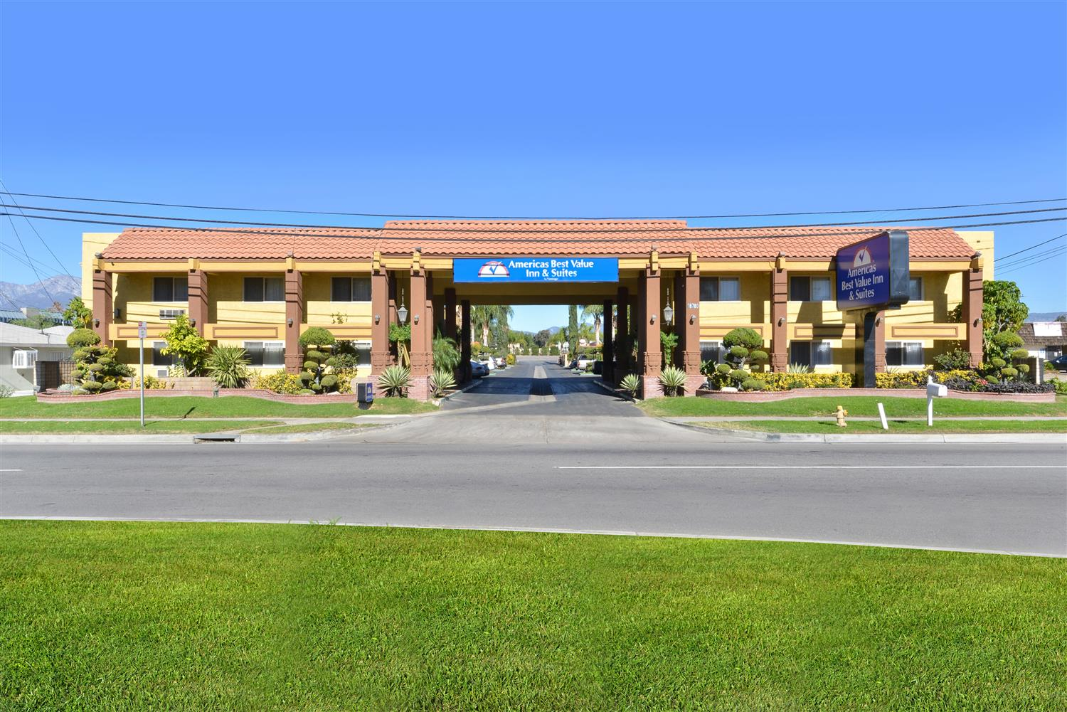 Americas Best Value Inn & Suites Fontana
