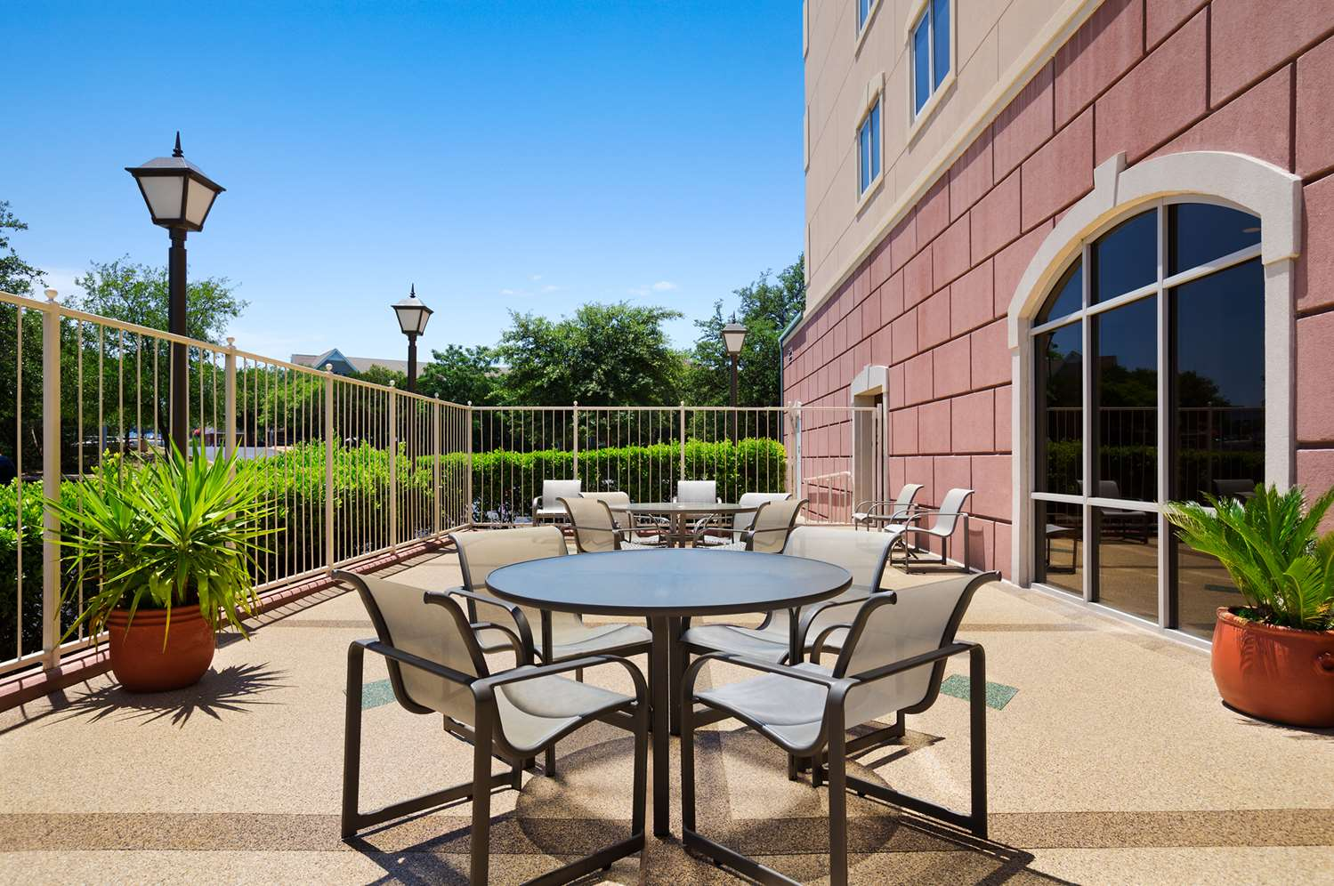 Austin Texas Studio Apartments Take a look at all of the amenities we offer in our Austin, Texas student apartments. We offer many areas where you can socialize with all of your friends.4/4().