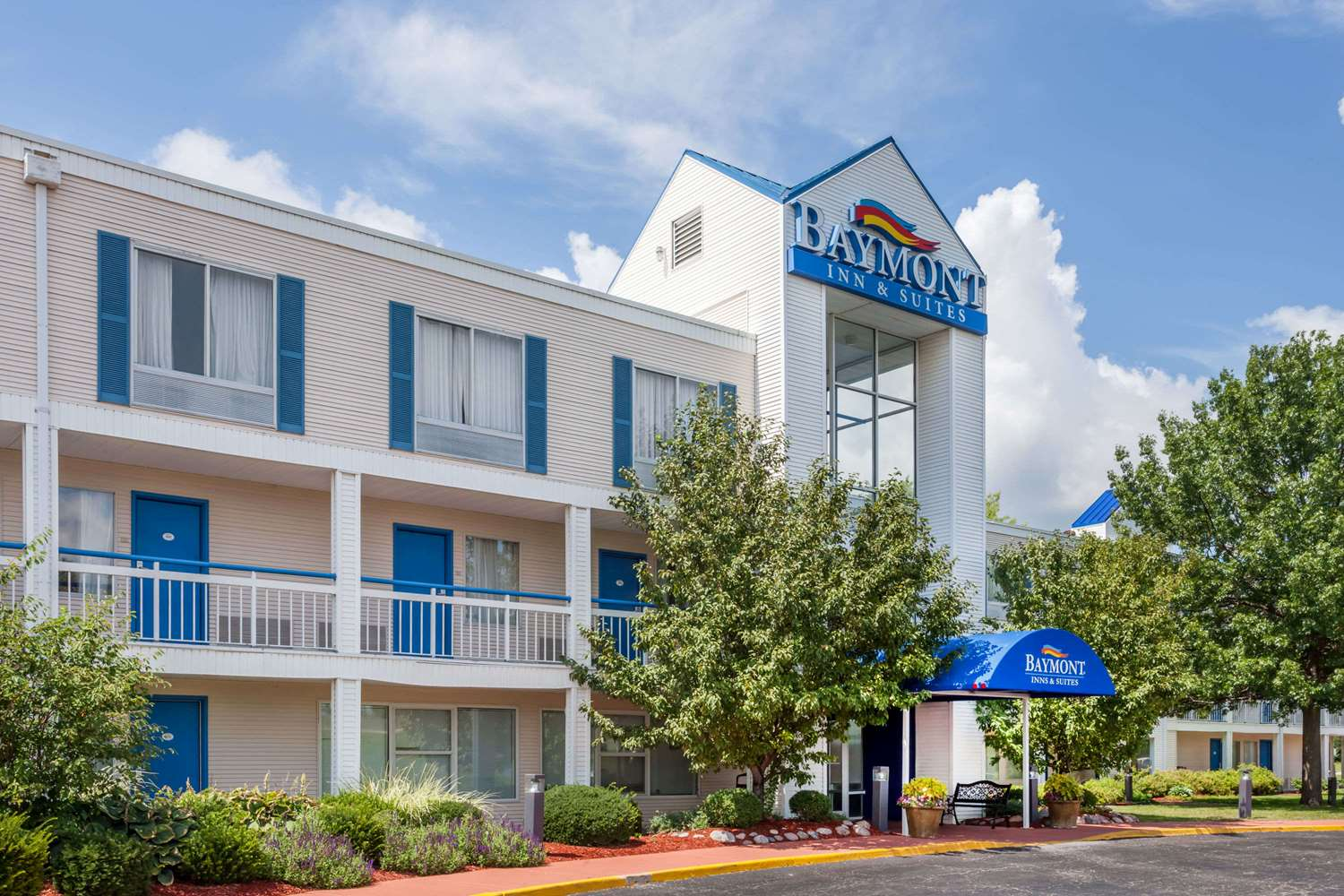 Baymont Inn & Suites Peoria