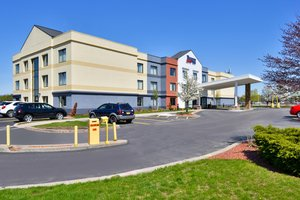 Fairfield Inn by Marriott Rochester Airport
