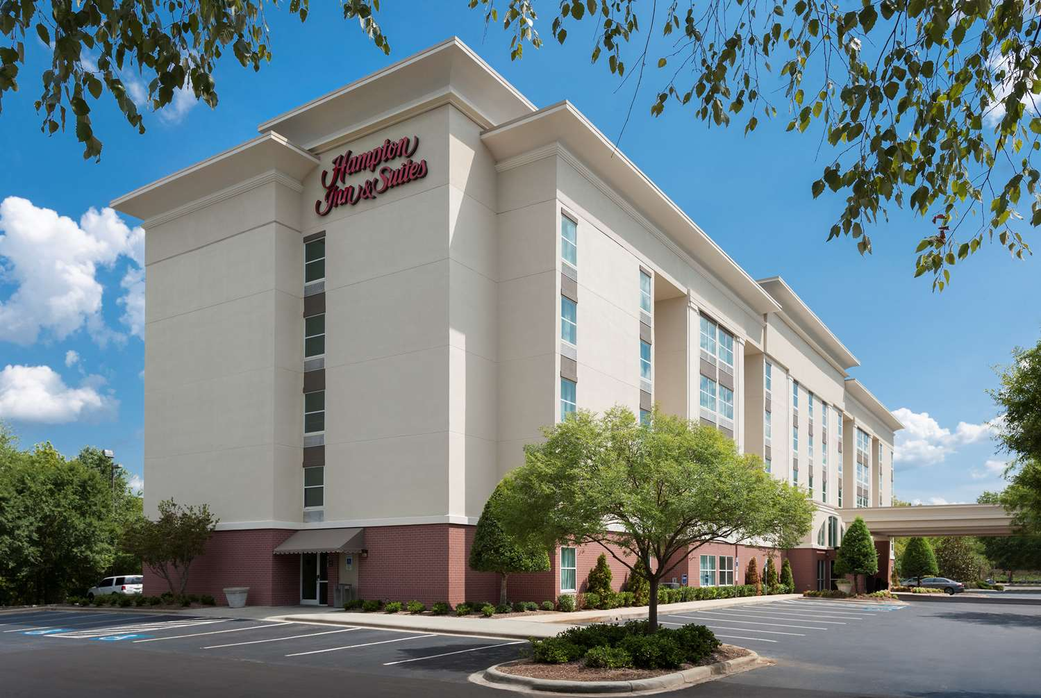 Hampton Inn & Suites Pineville