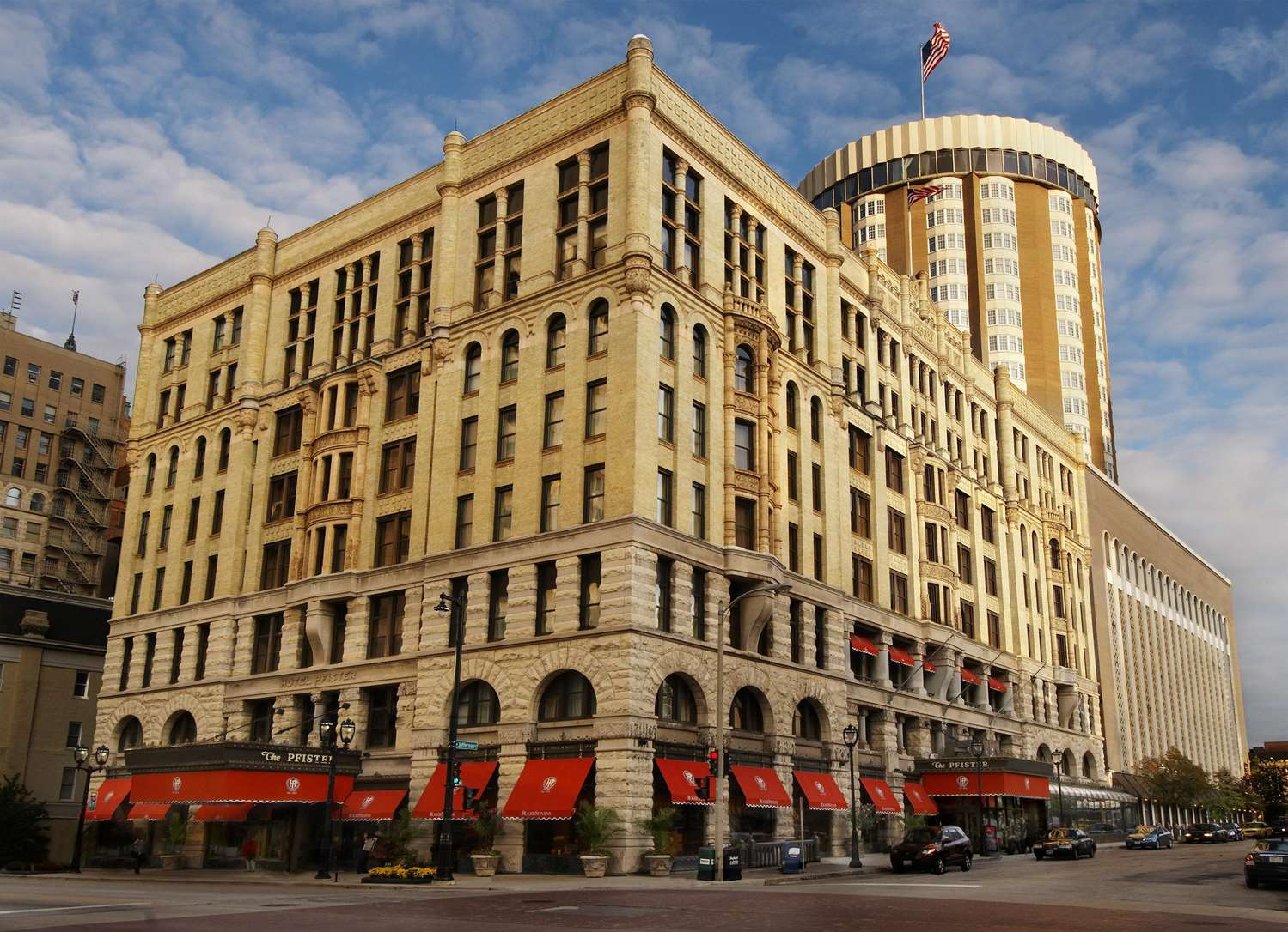 Pfister Hotel Milwaukee