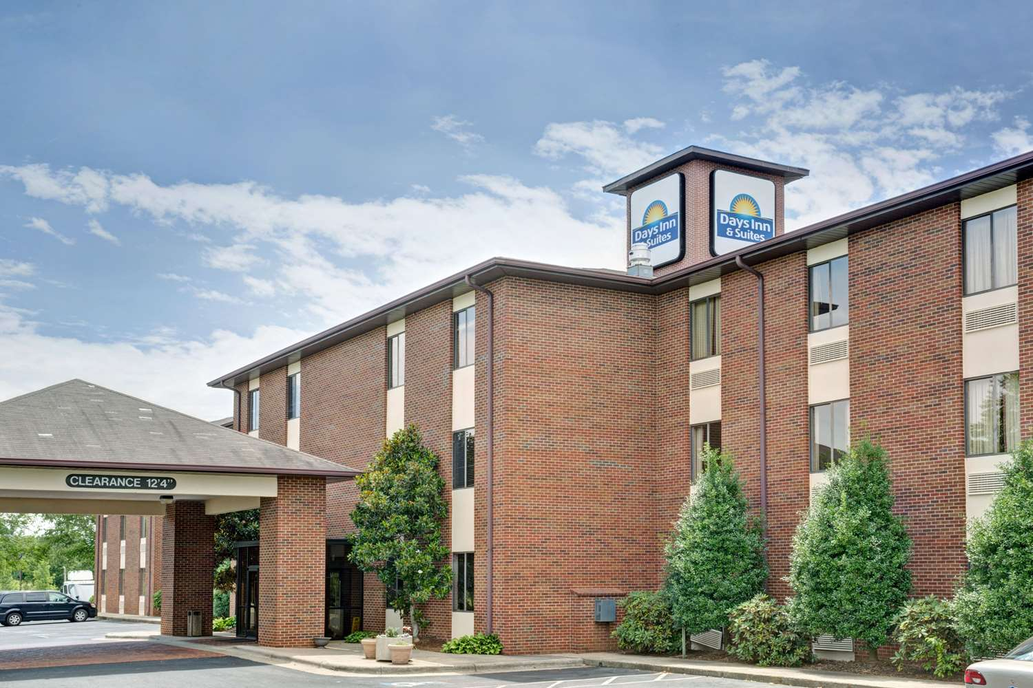 Quality Inn & Suites Hickory