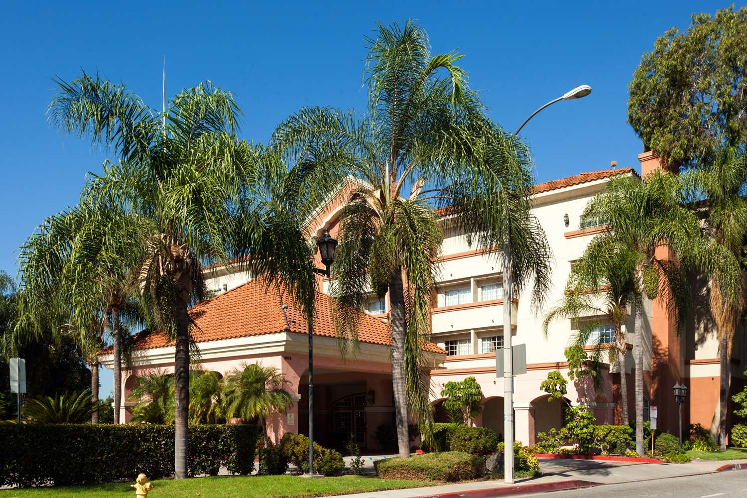 Ramada Inn & Suites South El Monte