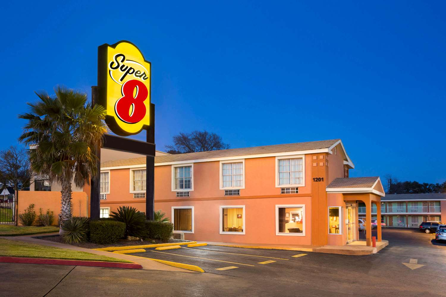 Super 8 Hotel Downtown Capital Area Austin