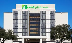 Holiday Inn Beaumont Plaza Hotel