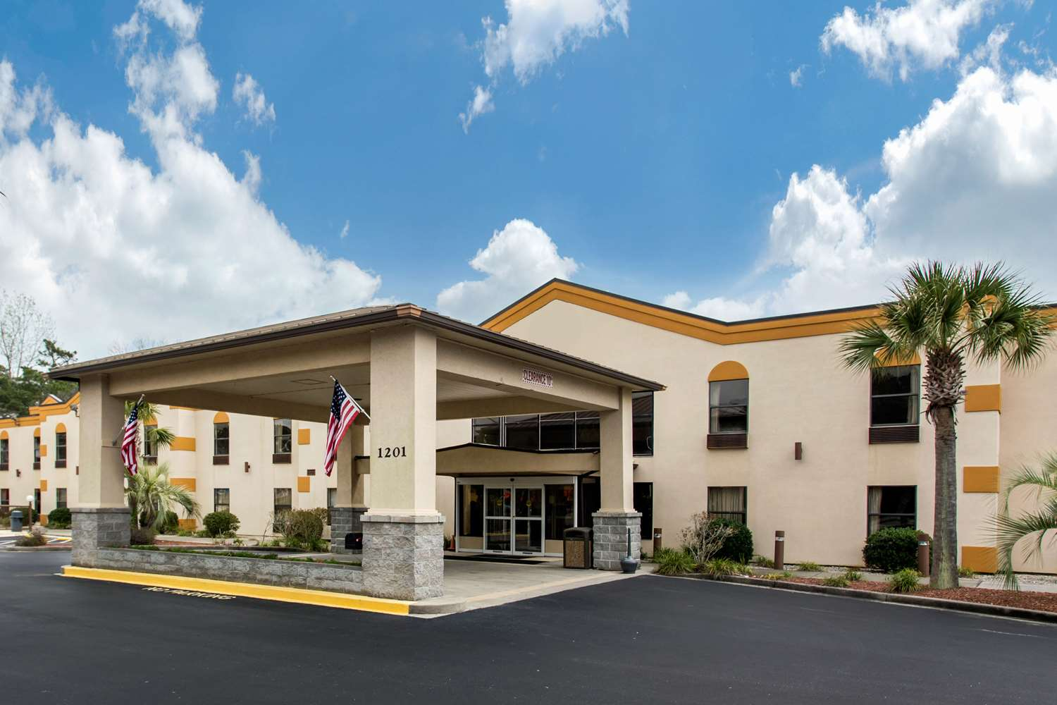 Garden City Beach Hotels Find hotels in Garden City Beach SC with