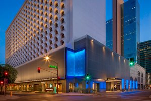 Renaissance Phoenix Downtown Hotel