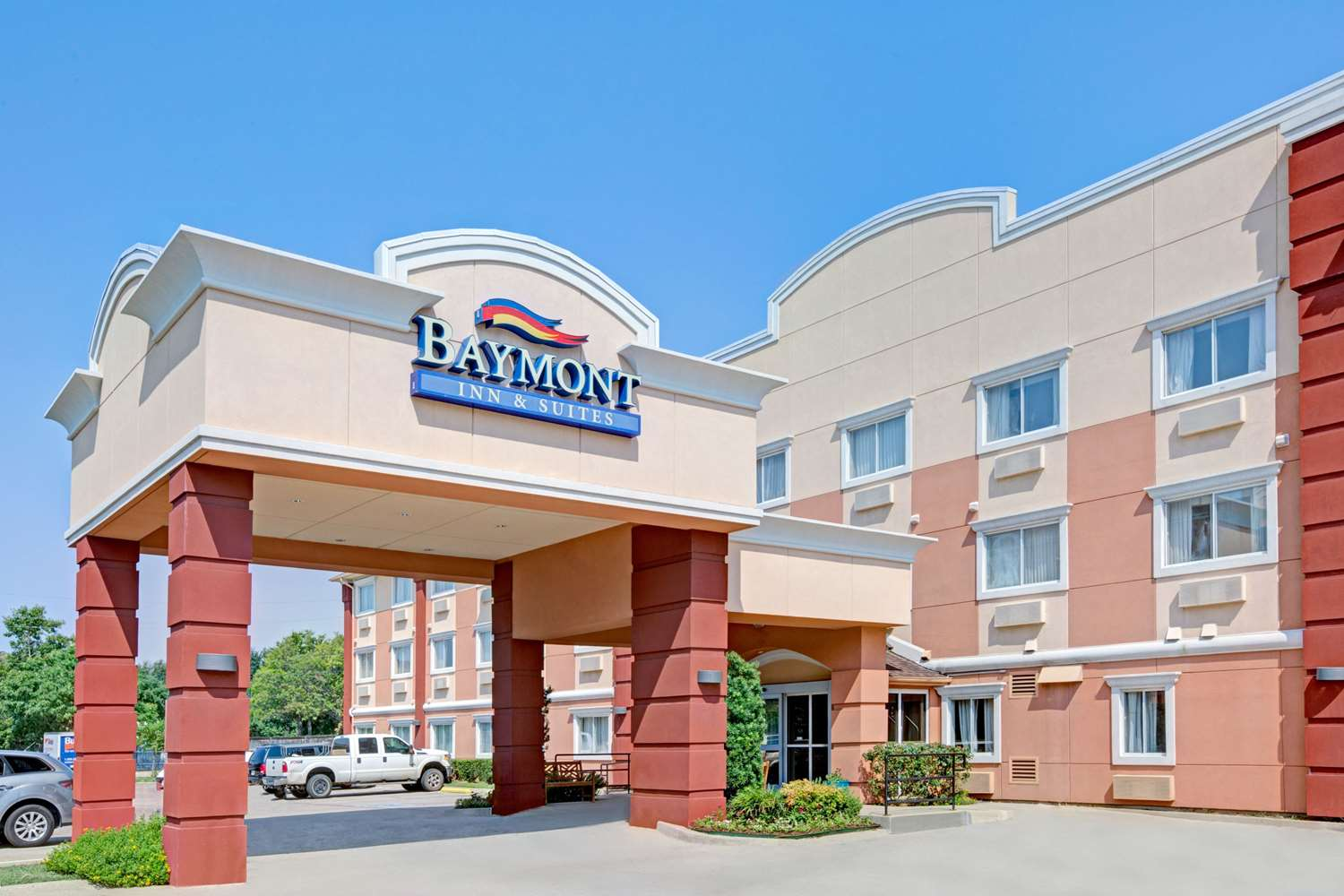 Baymont Inn & Suites Dallas