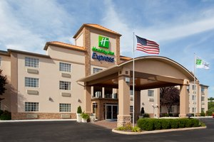 Holiday Inn Express Delmont