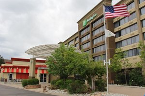 Holiday Inn Lakewood