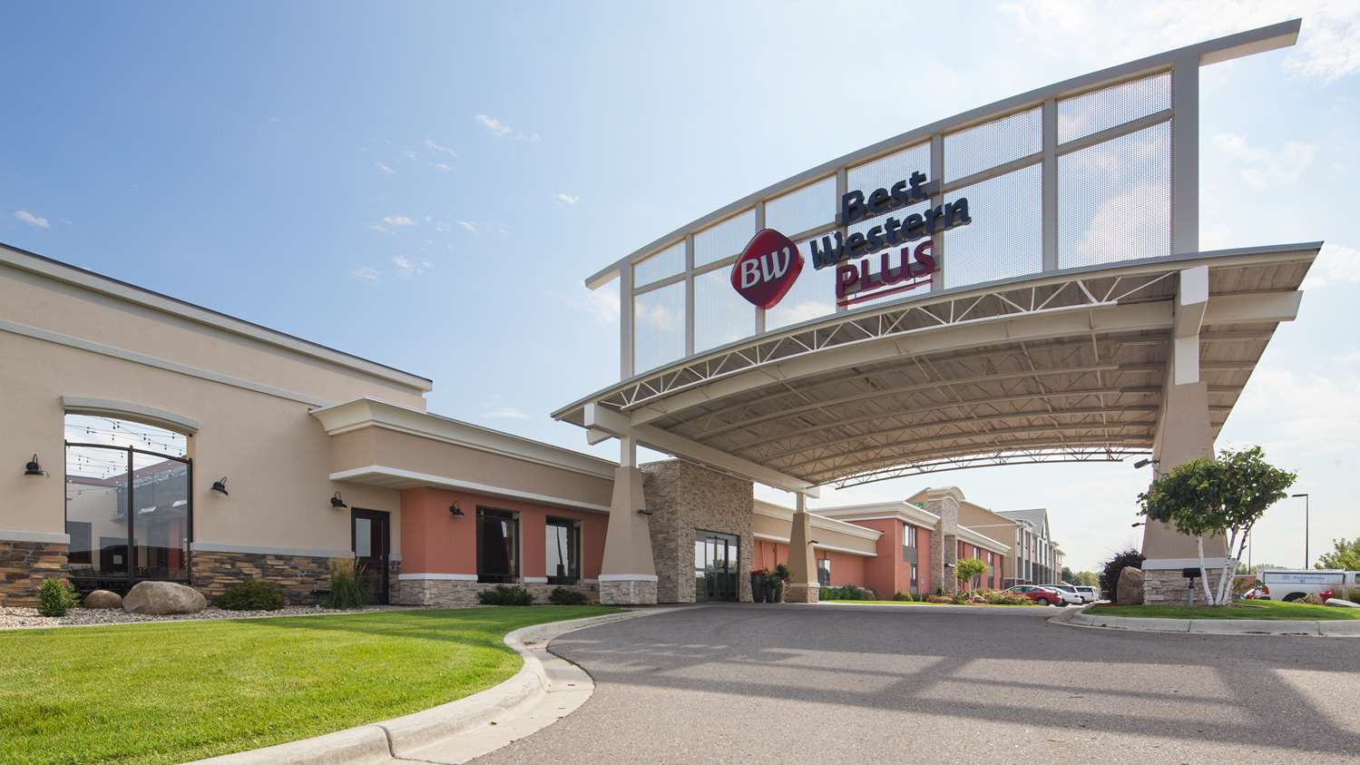 Hotel in Morton MN - Rooms at Jackpot Junction s Lower Sioux Lodge
