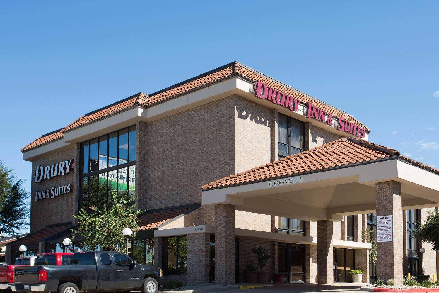 Drury Inn & Suites North Austin