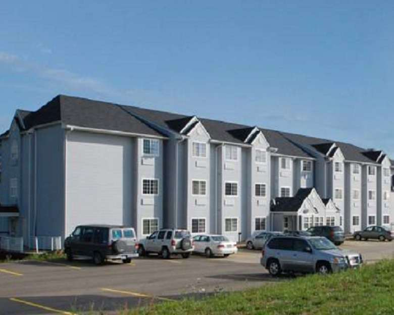 Econo Lodge Inn & Suites St Clairsville