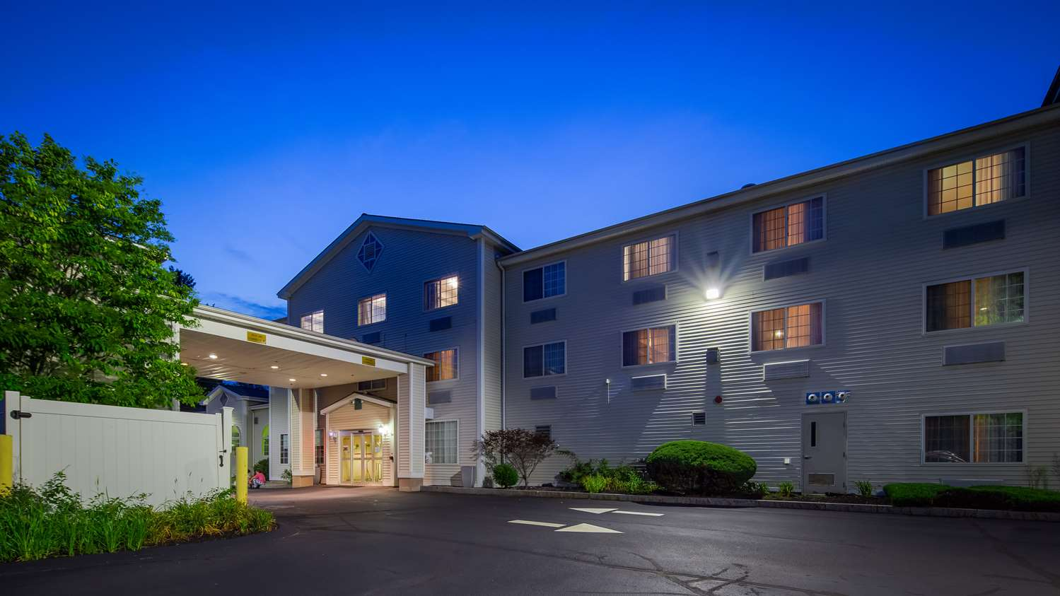 Best Western Inn & Suites Concord