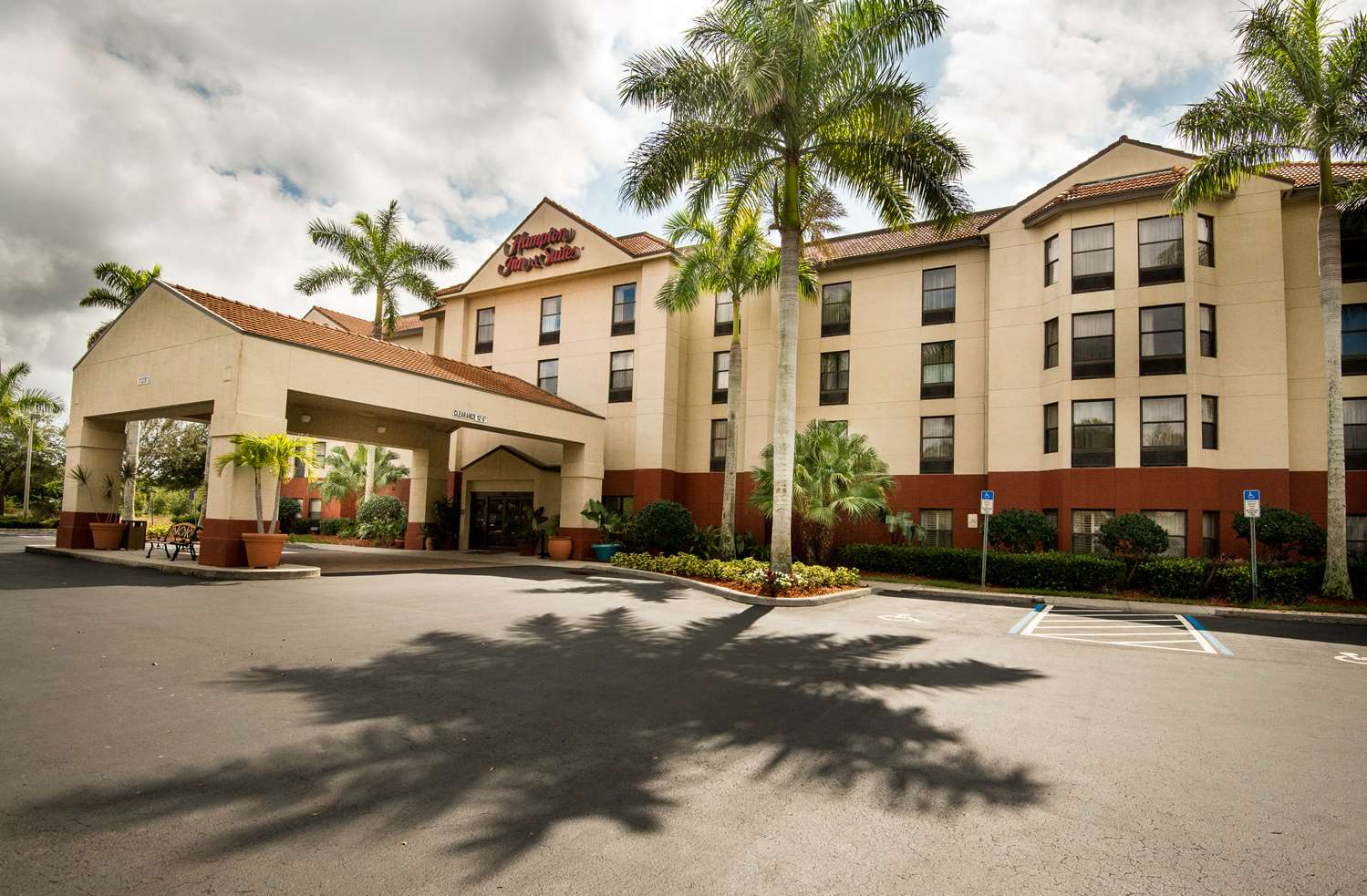 Hampton Inn & Suites Sanibel Gateway Fort Myers