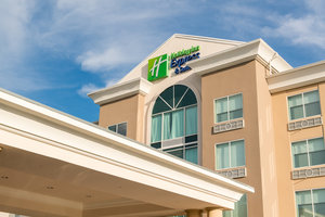 Holiday Inn Express Hotel & Suites - I-26 at Harbison Columbia