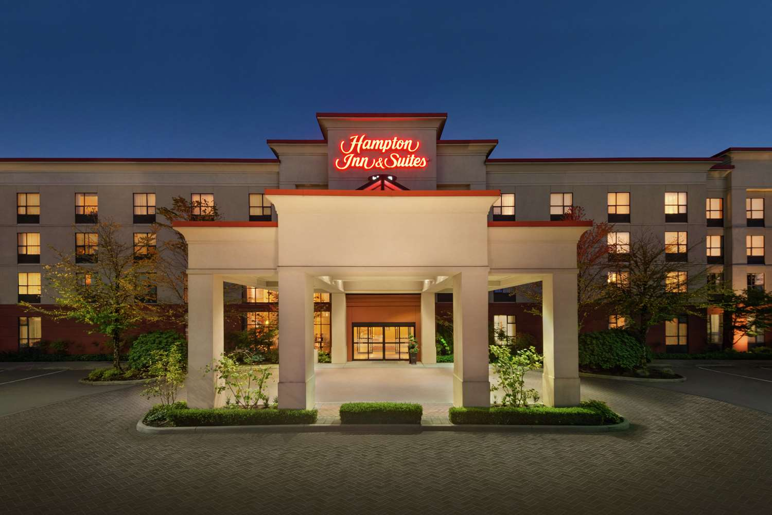 Hampton Inn & Suites Surrey