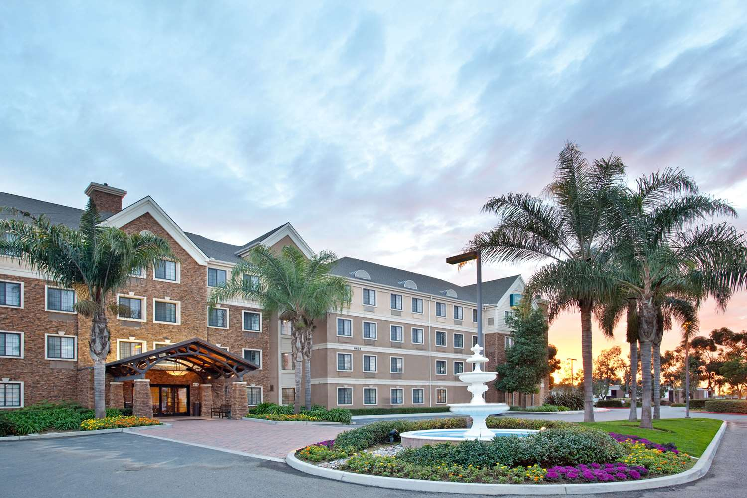 Staybridge Suites Sorrento Mesa San Diego