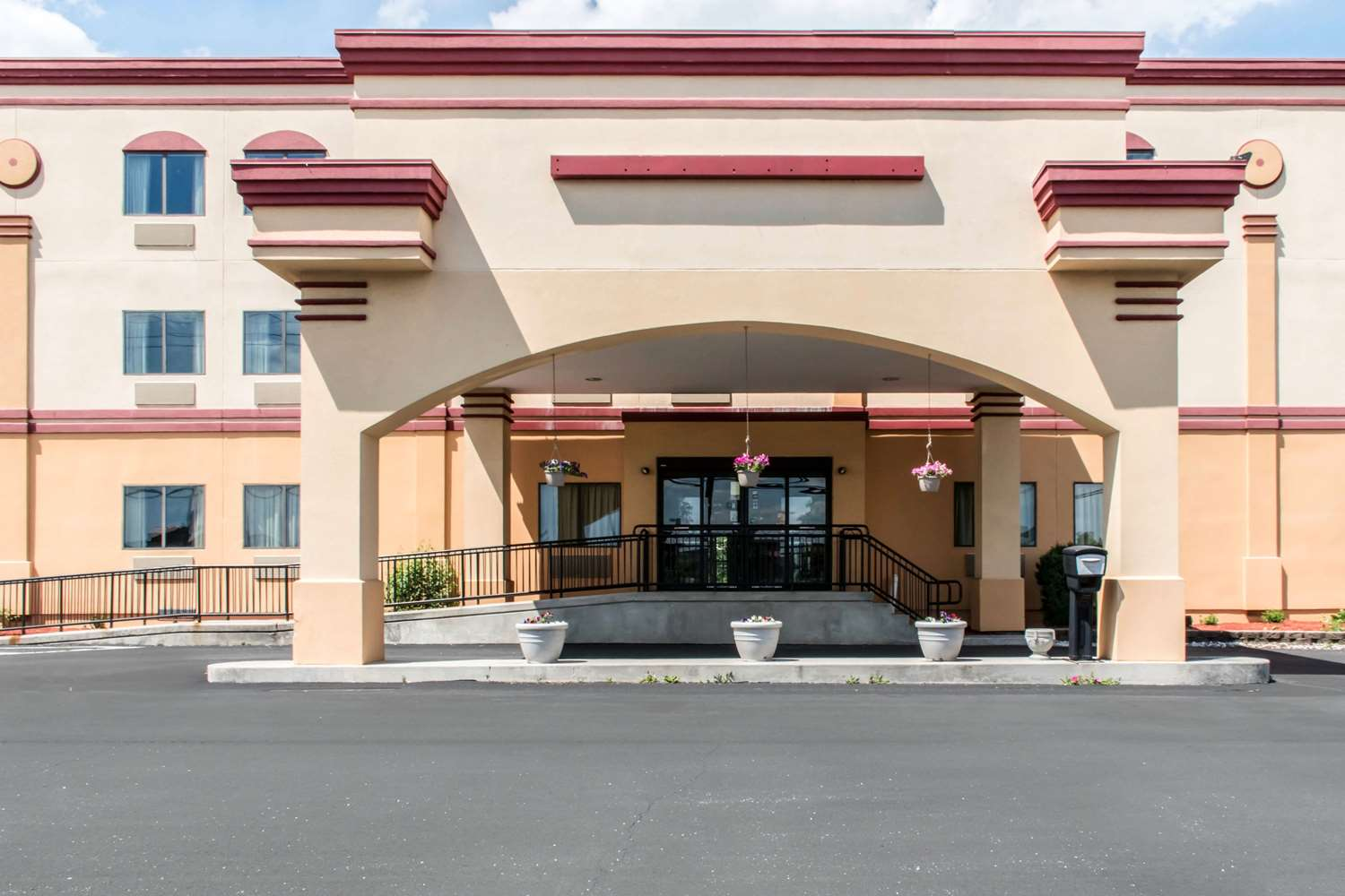 Econo Lodge Northwest Carlisle