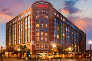 Marriott Sugar Land Town Square Hotel