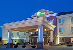 Holiday Inn Express Suites Dickinson