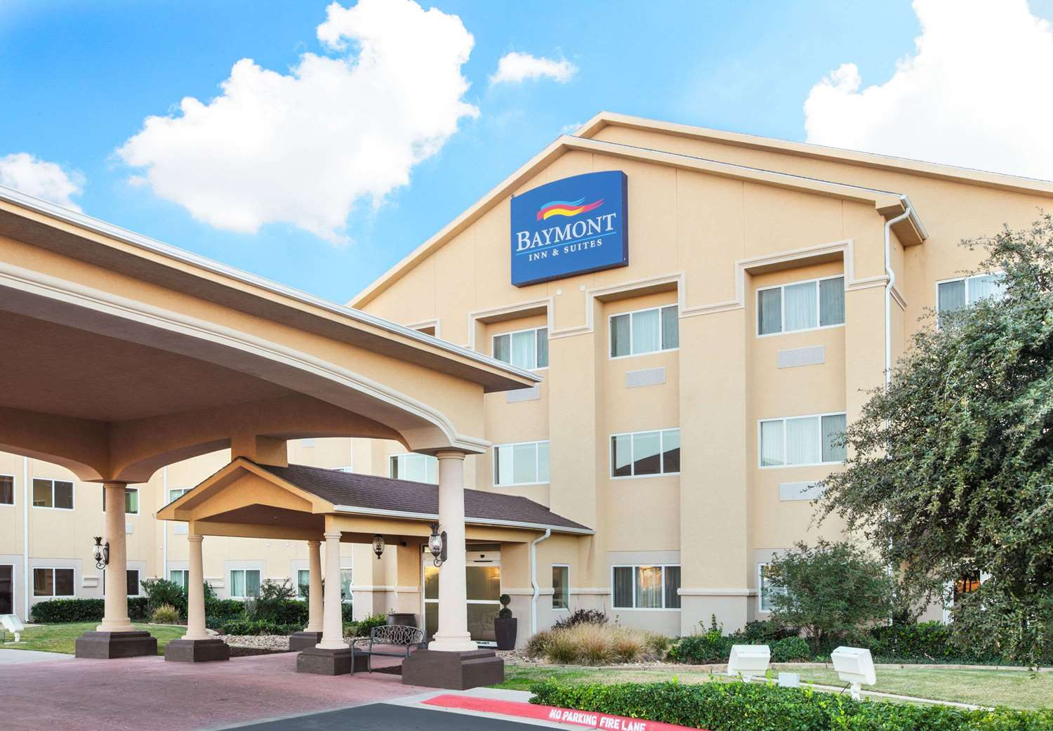 Best Western Plus Palms Inn & Suites Lubbock
