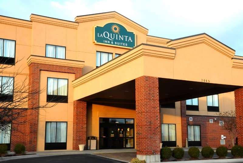 La Quinta Inn & Suites Springfield Airport