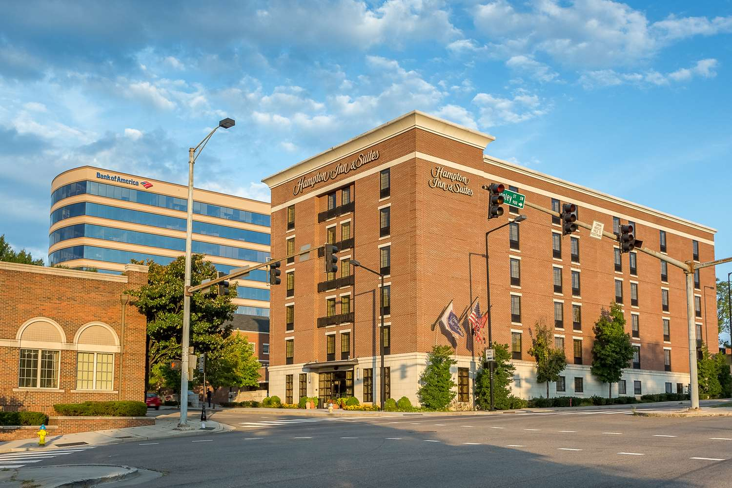 Hampton Inn & Suites Downtown Knoxville