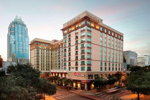 Courtyard by Marriott Convention Center Austin