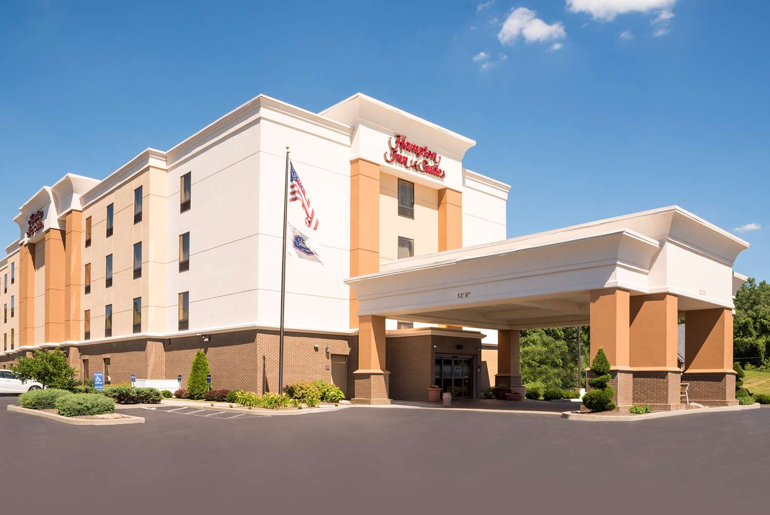 Hampton Inn & Suites South Mansfield