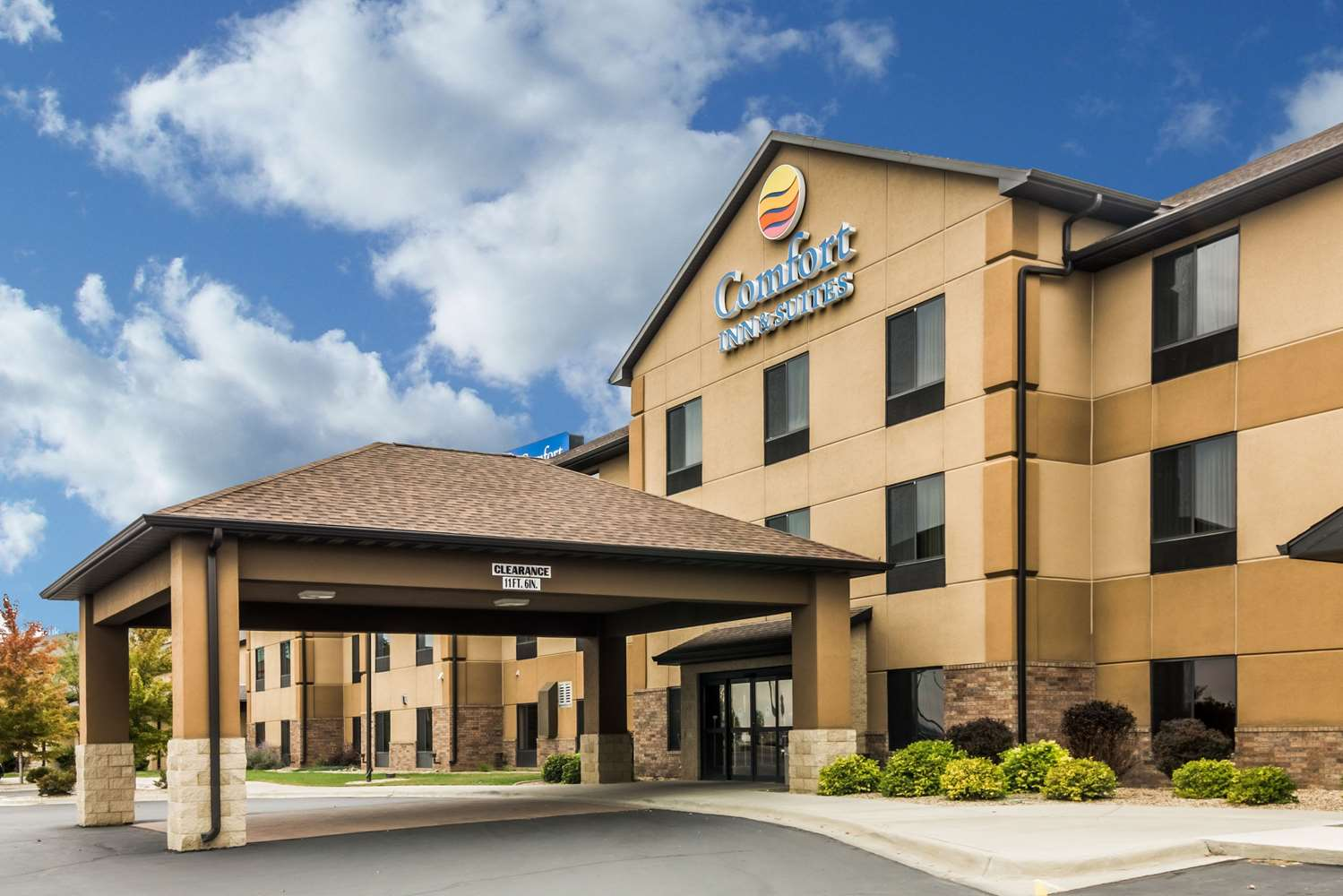 Comfort Inn & Suites Mitchell