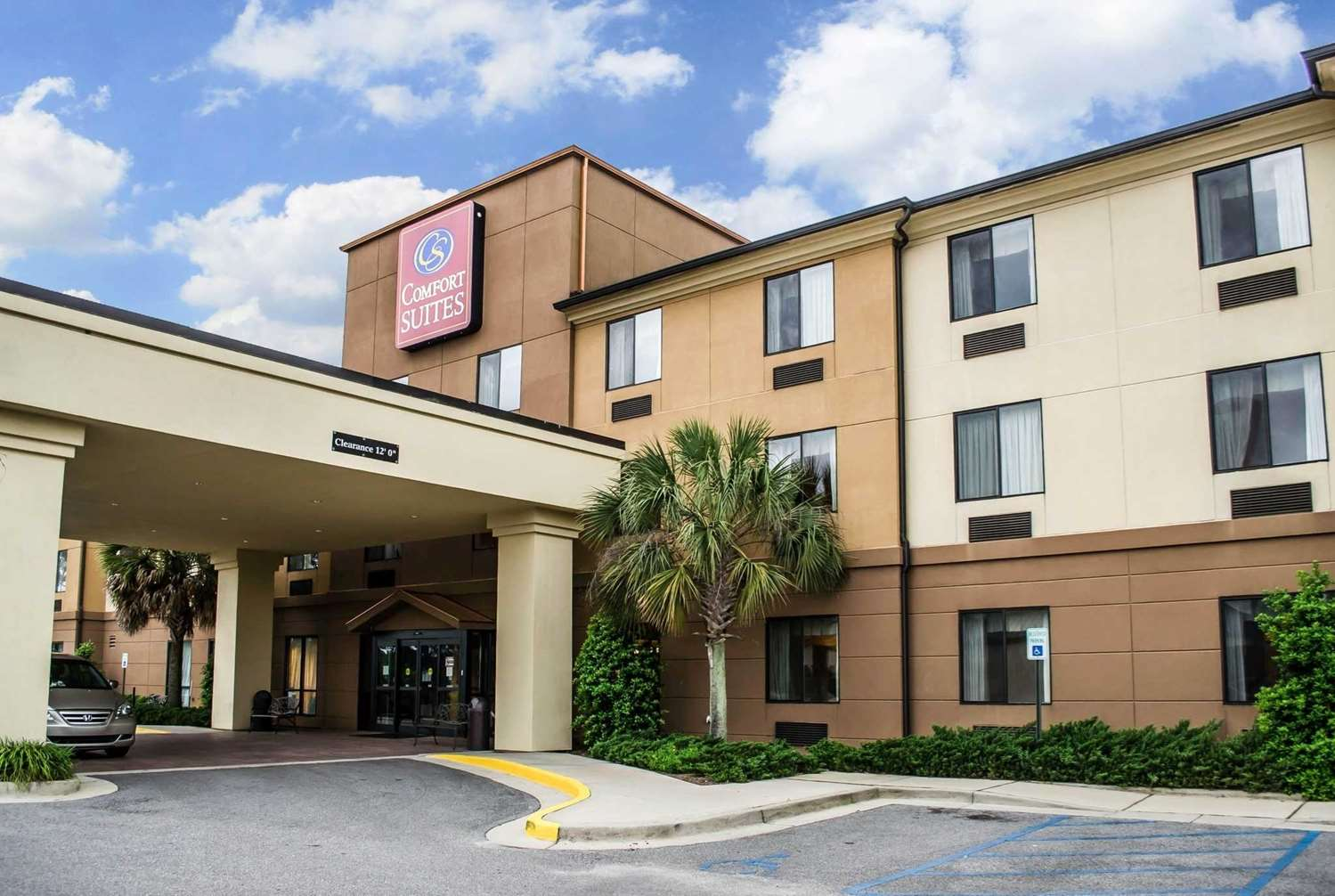 Comfort Inn & Suites Mobile