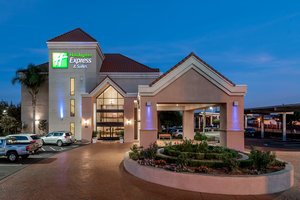 Holiday Inn Express Lathrop South