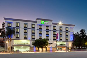 Holiday Inn Express Suites Hotel Hollywood