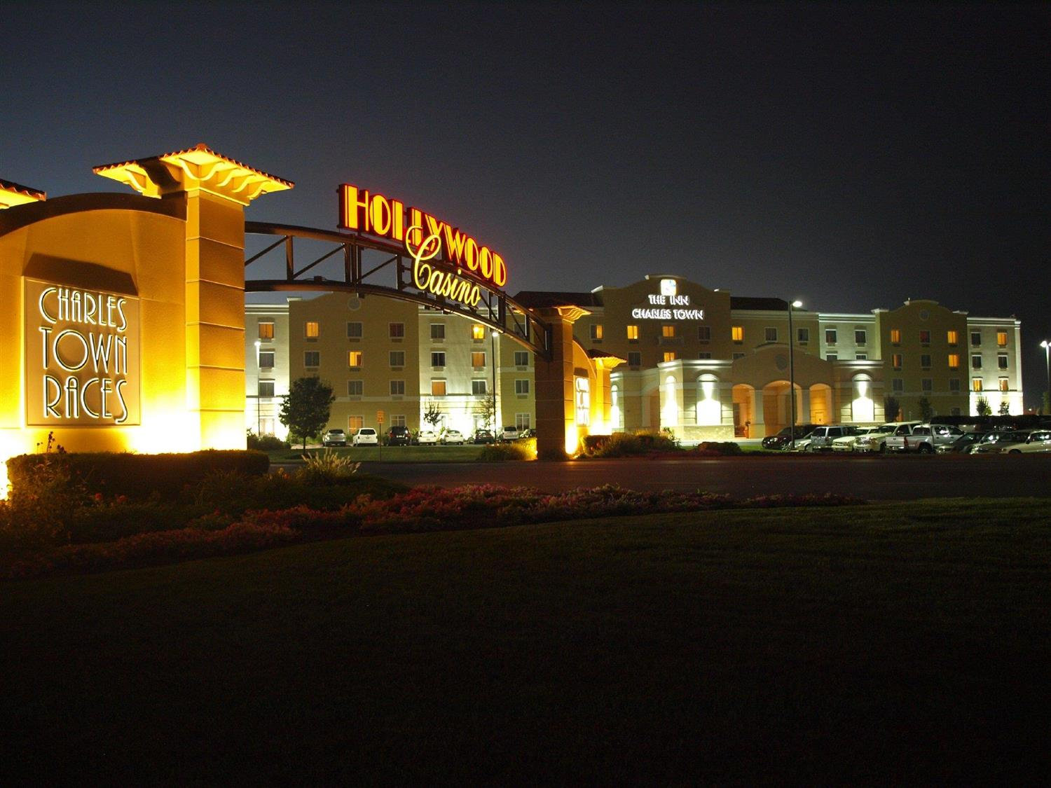 Hollywood casino charlestown wv reviews