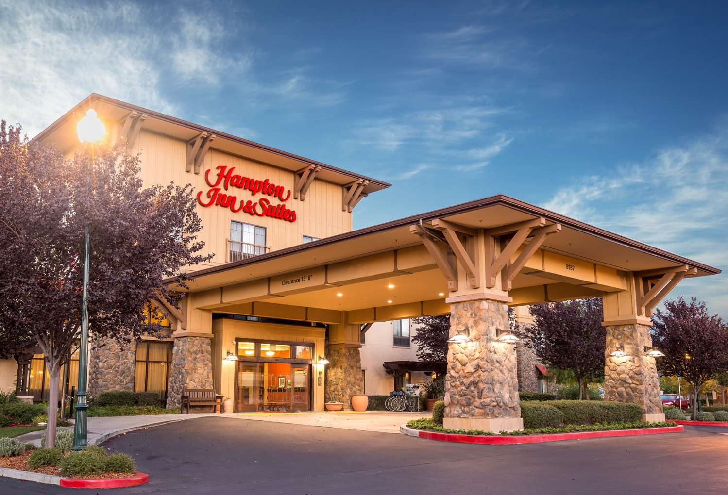 Hampton Inn & Suites Windsor