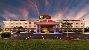 Holiday Inn Express Hotel Lake Wales