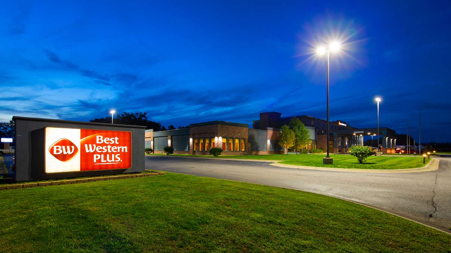 Best Western Plus Portage Hotel & Suites