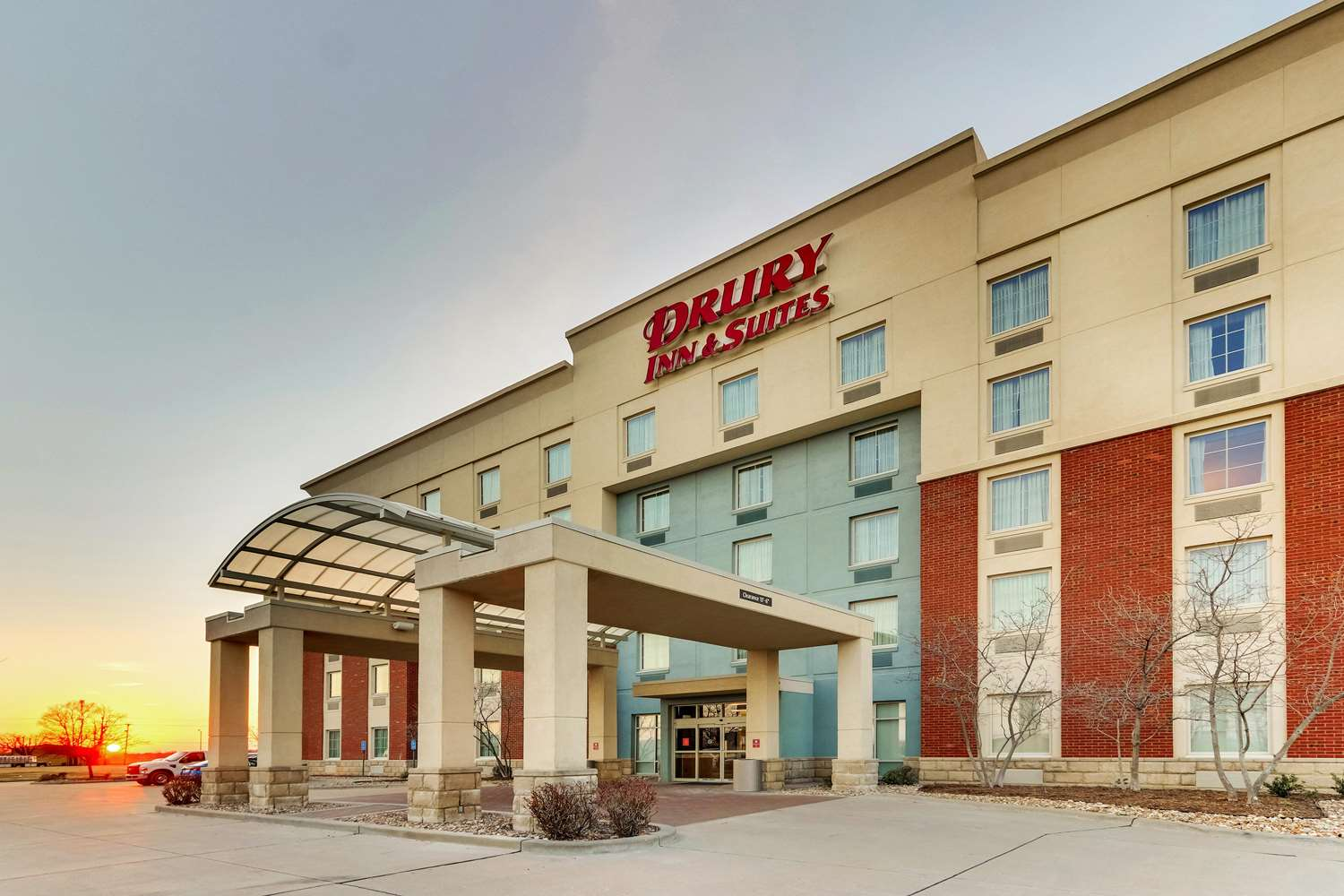 Drury Inn & Suites Sikeston