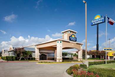 Days Inn & Suites Corpus Christi South
