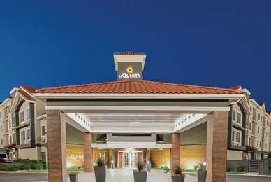 La Quinta Inn & Suites North Fort Worth