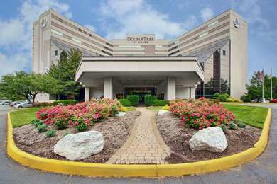 DoubleTree by Hilton Hotel Airport Newark