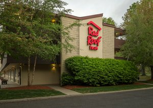 Red Roof Inn Tinton Falls