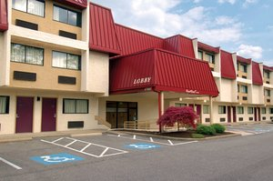 Red Roof Inn Middleburg Heights